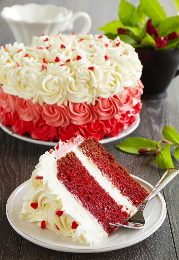 ARE YOU LOOKING TO START A CAKE BUSINESS OR ARE ALREADY RUNNING ONE?